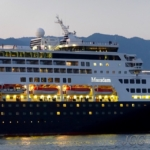 #マースダム #ホーランドアメリカ #客船 #クルーズ #船旅 #夕刻 #maasdam #hollandamerica #hal #cruiseship #instacruiseship #i2w #cruisegram #cruiseaddict #travel #cruisefan #🚢