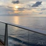 #クアンタムオブザシーズ #夕陽#ロイヤルカリビアン #クルーズ#船旅 #アジアクルーズ #quantumoftheseas #royalcaribbean #sunset #cruiselife #cruisetime #i2w #instacruise #cruiseaddict #asiacruise #travel #🚢