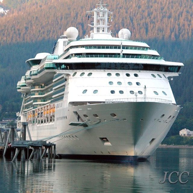 #セレナーデオブザシーズ #ロイヤルカリビアン #クルーズ #客船 #アラスカ #旅行 #serenadeoftheseas #royalcaribbean #cruise #i2w #cruiseaddict #instacruise #cruiselover #alaska #cruiseship #cruisefan #lovecruiseships #🚢