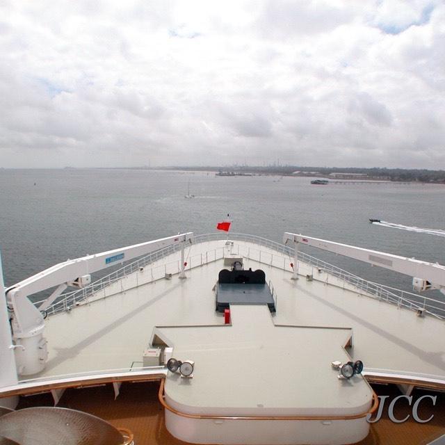 #クイーンメリー2 #キュナード #客船 #クルーズ #船旅 #queenmary2 #cunard #qm2 #cruise #i2w #cruiseaddict #cruiselover #instacruise #lovecruiseships #jcc #travel #cruisefan #🚢